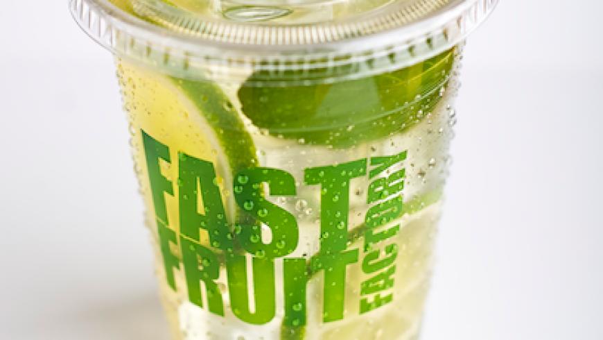 Té verde helado para este calor